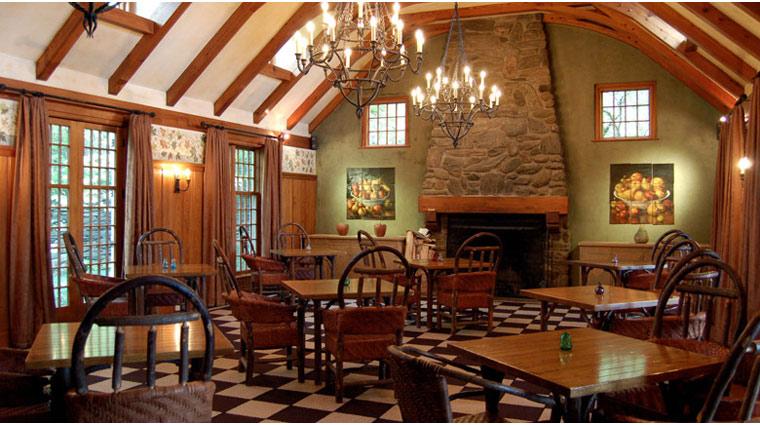 TwinFarms MainHouse Dining 1 PR