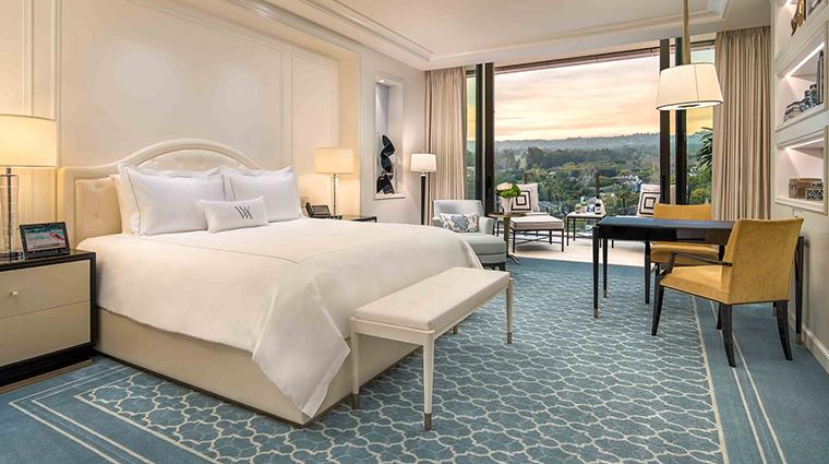 Waldorf astoria beverly hills deluxe king room