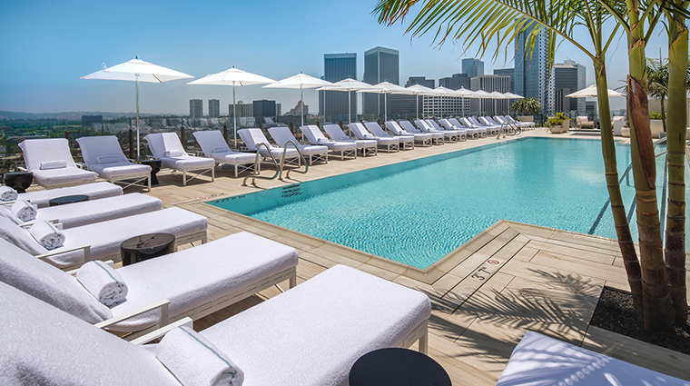 Waldorf astoria beverly hills pool