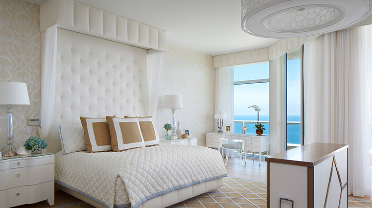 acqualina resort spa penthouse master bedroom