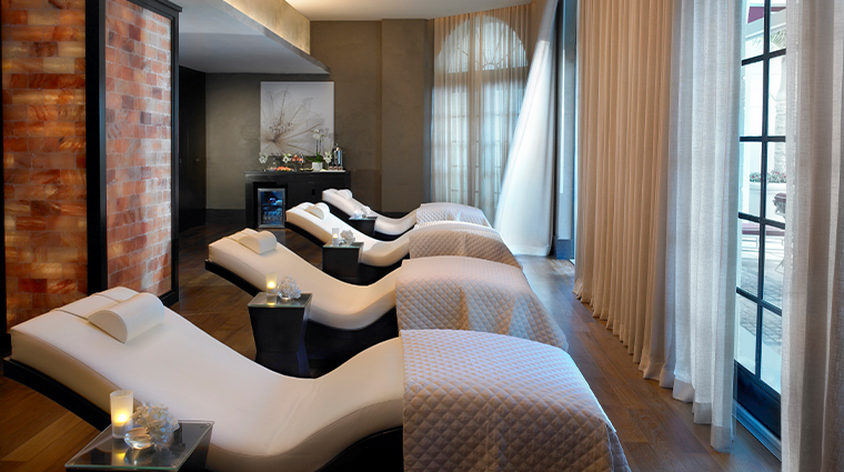 acqualina spa by espa relaxation chairs