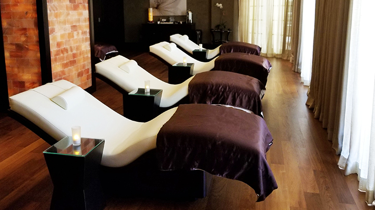 acqualina spa by espa relaxation lounge
