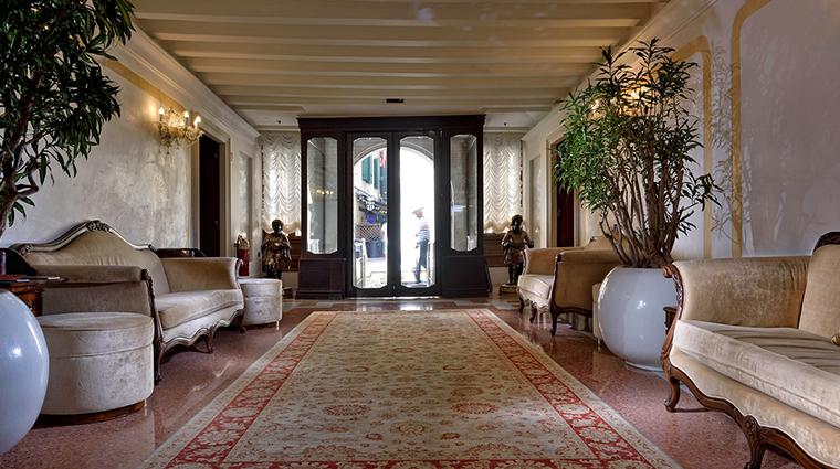 ai reali di venezia lobby