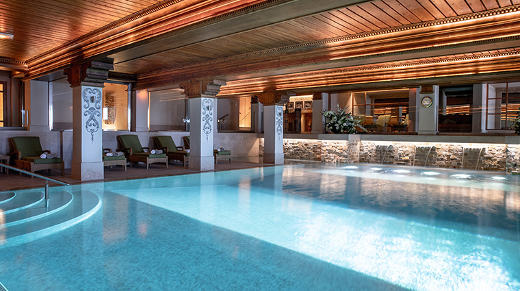 les airelles interior pool