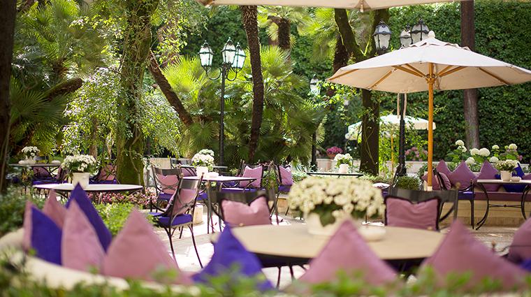 Aldrovandi Villa Borghese Al fresco bar garden bar