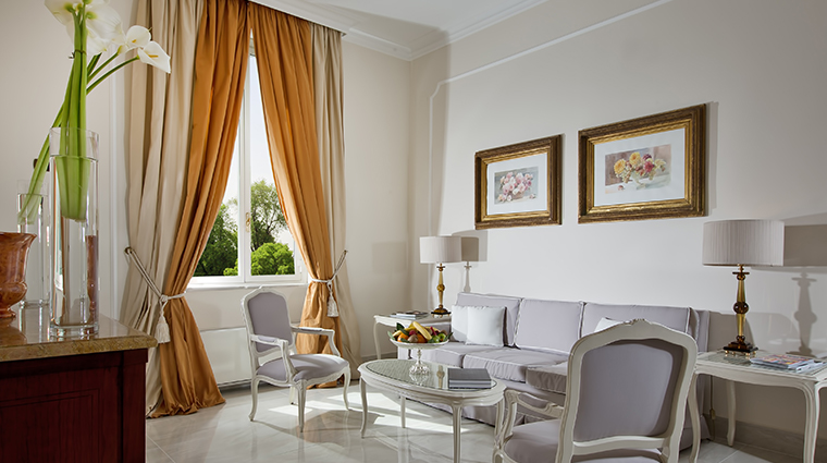 Aldrovandi Villa Borghese Salotto Executive Deluxe Suite