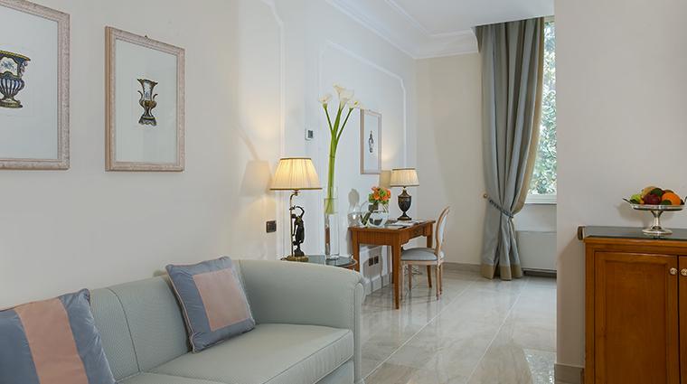 Aldrovandi Villa Borghese Signature Suite