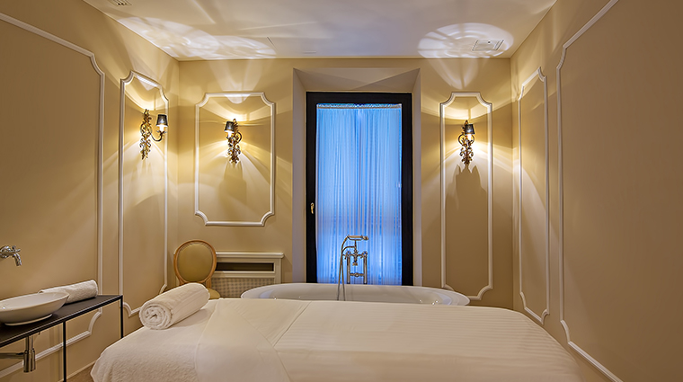 Aldrovandi Villa Borghese Spa Treatment Room