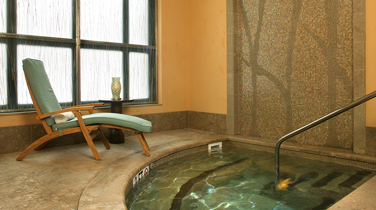 allegria spa at park hyatt beaver creek jacuzzi