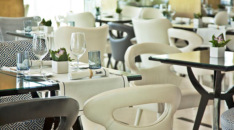 altis avenida hotel rossio restaurant setting