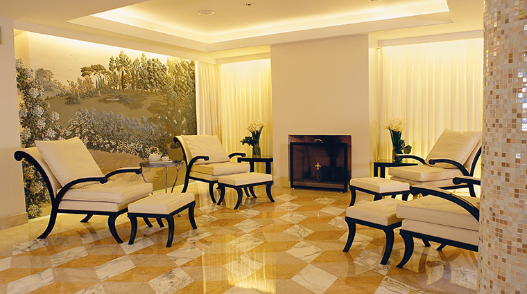 alvear palace hotel spa relaxation area