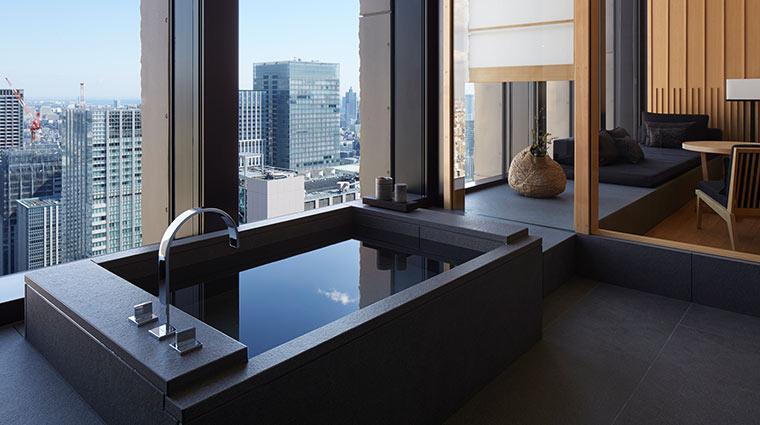 Aman Tokyo Suite bathroomand lounge