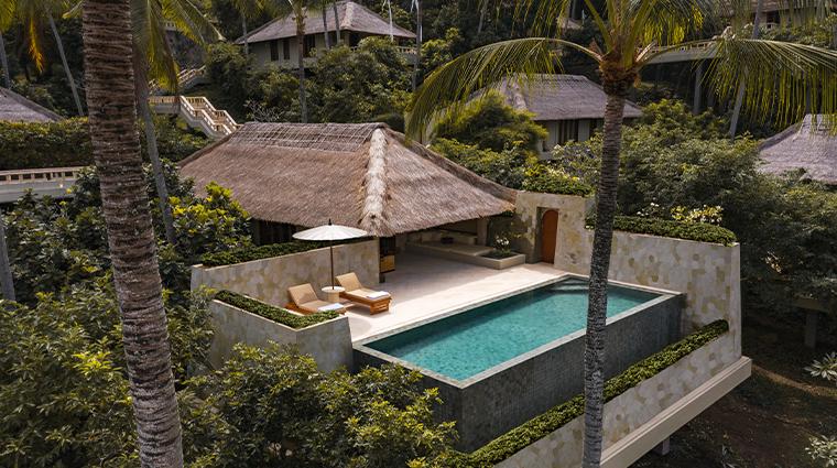 amankila infinity pool suite
