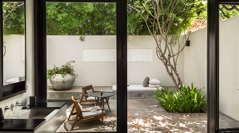 amansara courtyard suite
