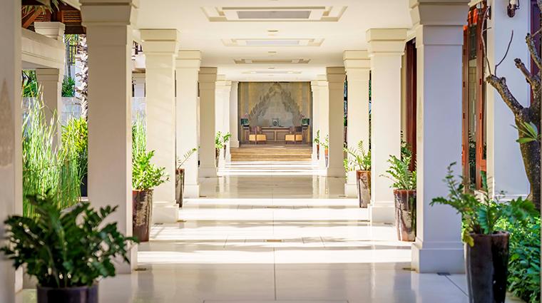anantara angkor resort lobby welcome