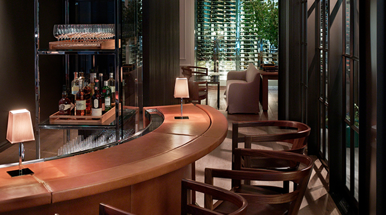 andaz 5th avenue the bar
