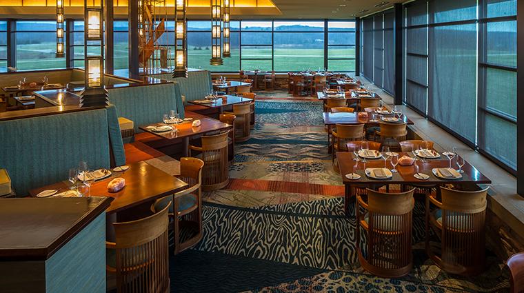 aqueous dining room5