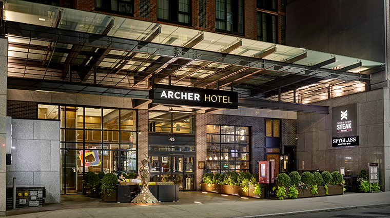 archer hotel new york entrance