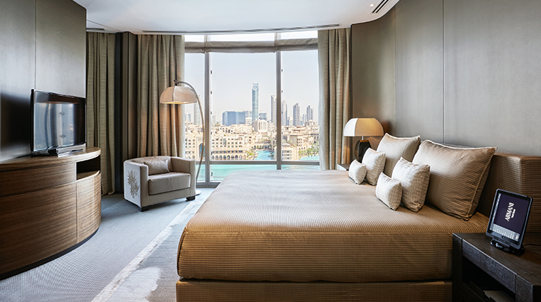 armani hotel dubai fountain suite