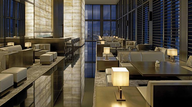 armani hotel milano bar lounge