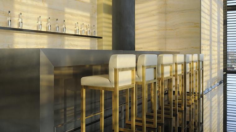 armani hotel milano bar