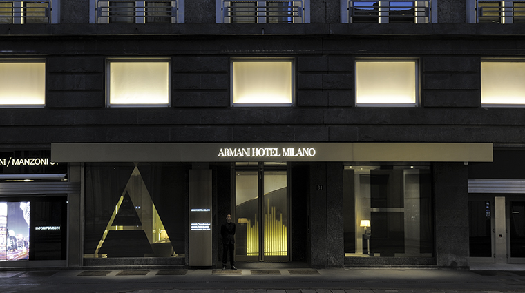 armani hotel milano entrance night