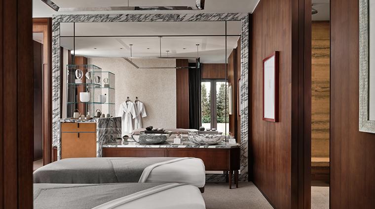 asaya social house treatment room