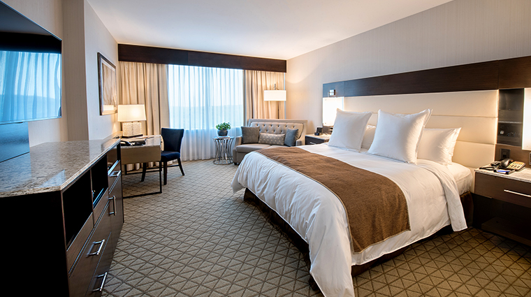 aspire at mohegan sun deluxe room