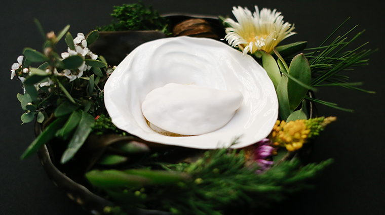 atelier crenn oyster and rose