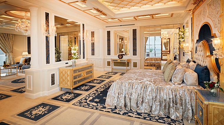 atlantis by giardino royal residence bedroom