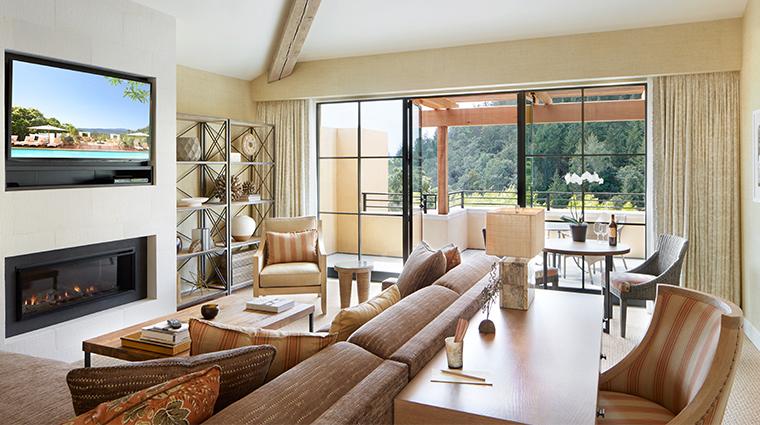 auberge du soleil suite living room