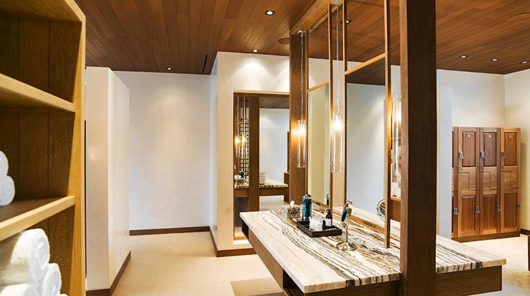auberge spa chileno bay locker room mirror