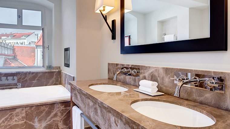 augustine a luxury collection hotel presidential suite bathroom