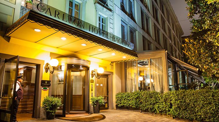 Baglioni Hotel Carlton entrance