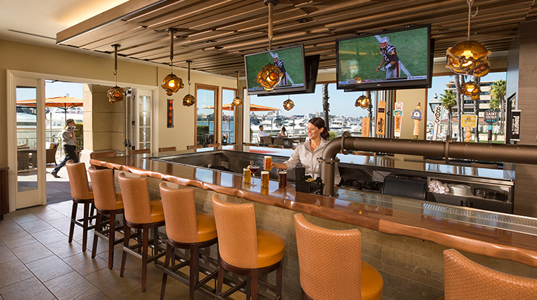balboa bay resort bar