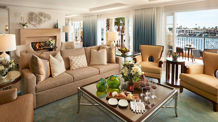 balboa bay resort presidential suite living room