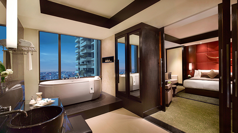 Banyan Tree Bangkok Club Room