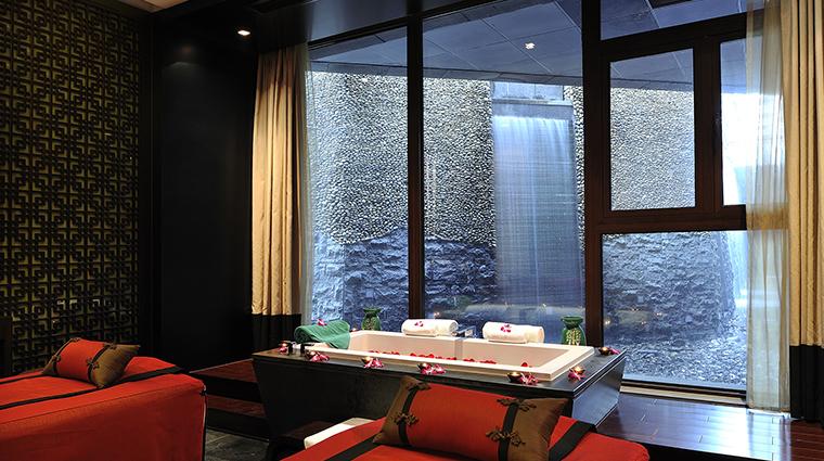 Banyan Tree Hangzhou waterfall