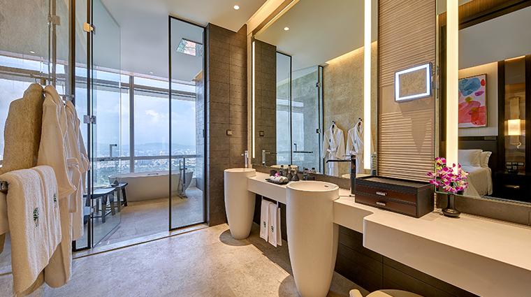 banyan tree kuala lumpur bathroom