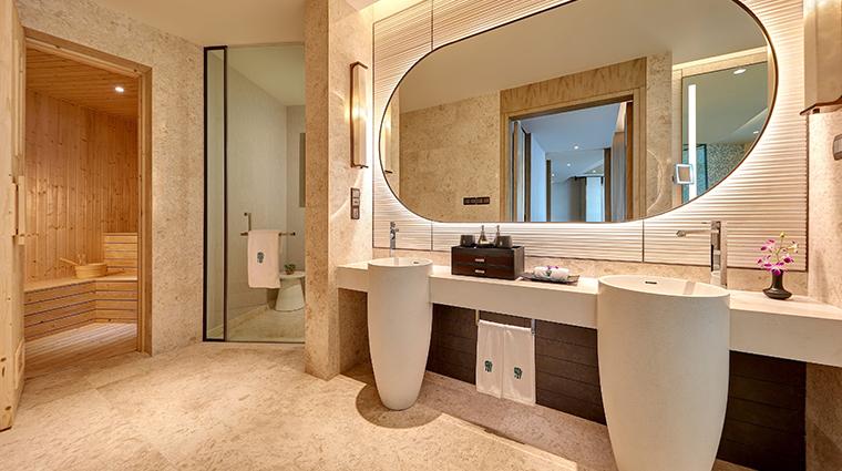 banyan tree kuala lumpur sky sanctuary suite bathroom