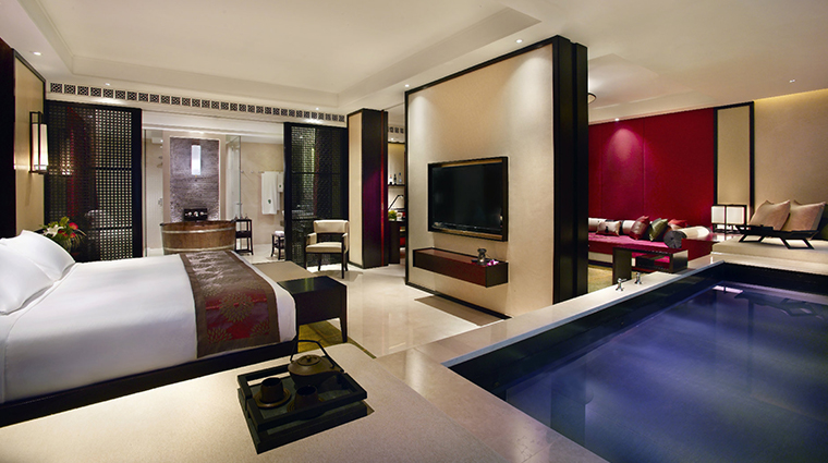 banyan tree macau new cotai pool suite