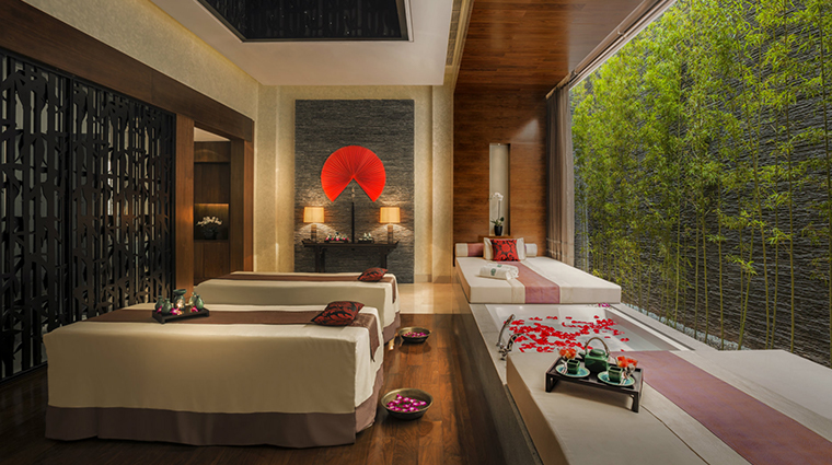 banyan tree macau new royal treatment room