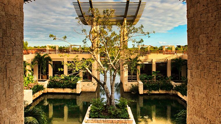 banyan tree mayakoba exterior