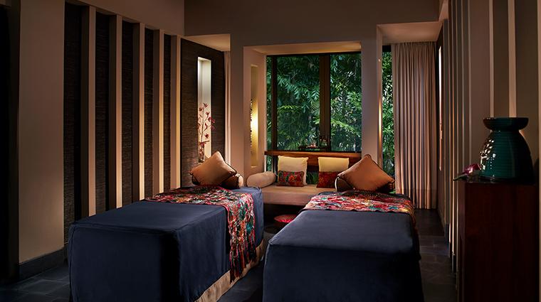 banyan tree mayakoba spa deluxe treatment room