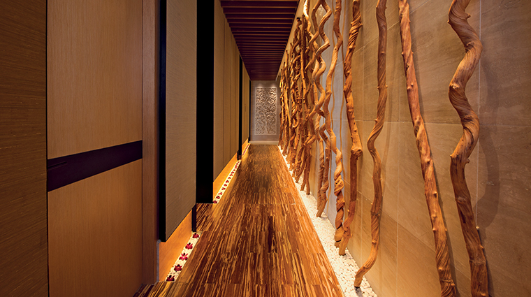 banyan tree spa marina bay sands corridor