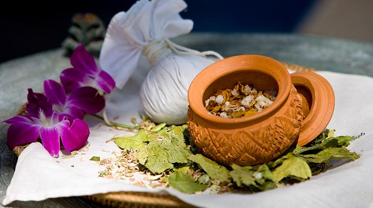 banyan tree spa mayakoba thai herbal detox