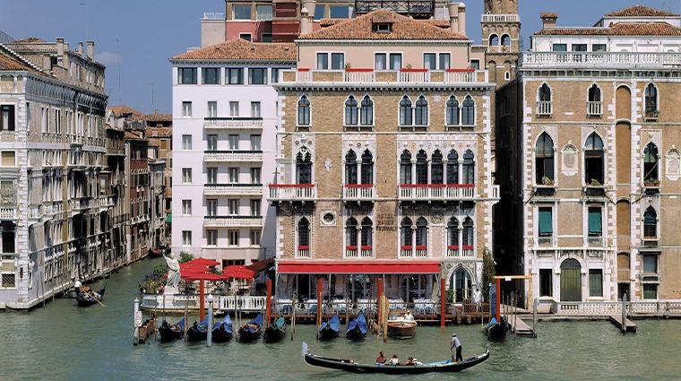 bauer palazzo facade