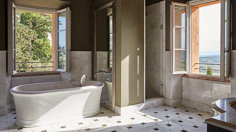 belmond castello di casole bath