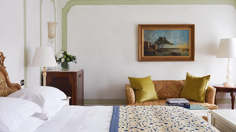 belmond hotel cipriani bedroom