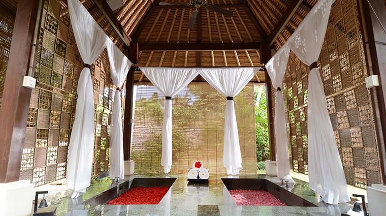 belmond jimbaran puri baths